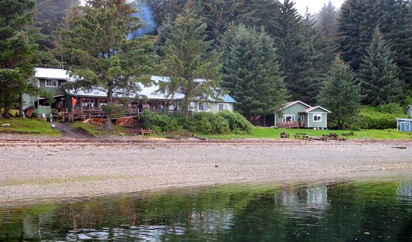 The Whaler's Cove Lodge beachfront