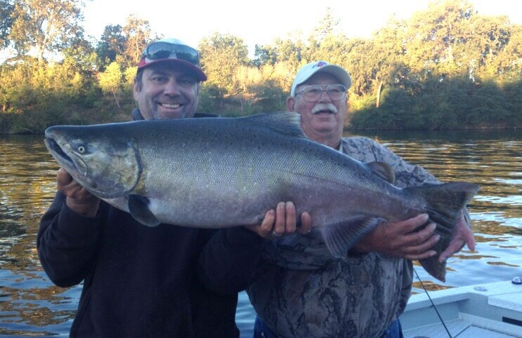 How to Catch Salmon on Crowded Days