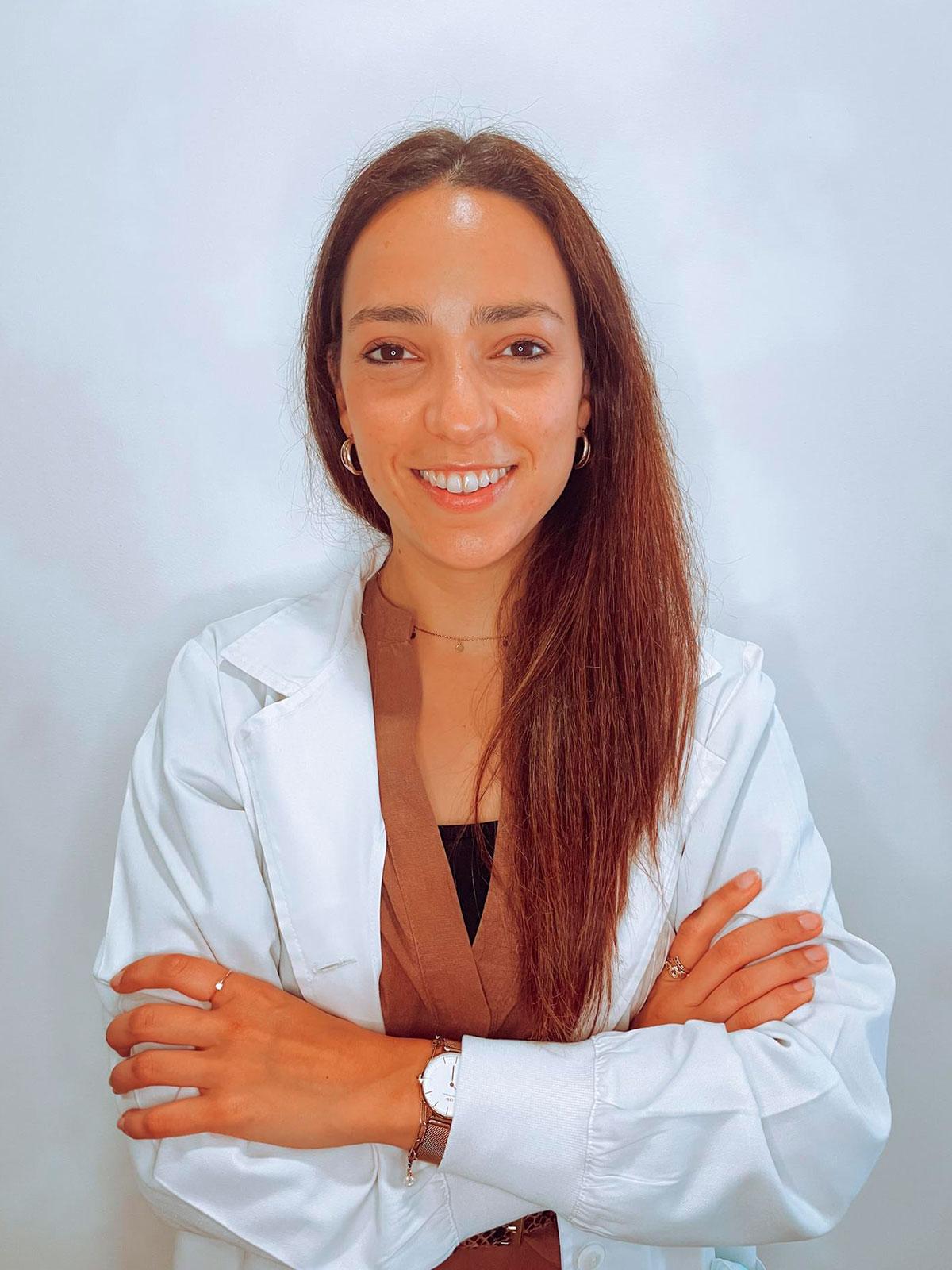 Dra. Márcia Reis