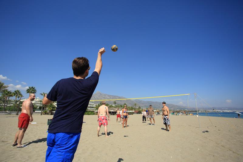 grandes beneficios del deporte en la playa