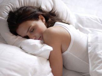 Cómo Dormir Bien Durante el Verano