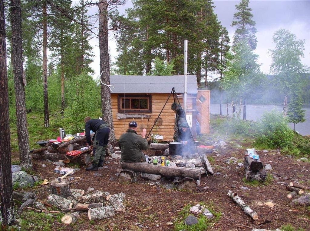 Fiskerejse Vildmarks camp ved Masvik - hytterse til lapland - camp Marsvik