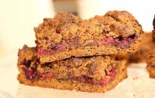 carré crumble vegan aux fruits rouges