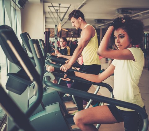 people-exercising-on-a-cardio-training-machines-PLXBYVU.jpg