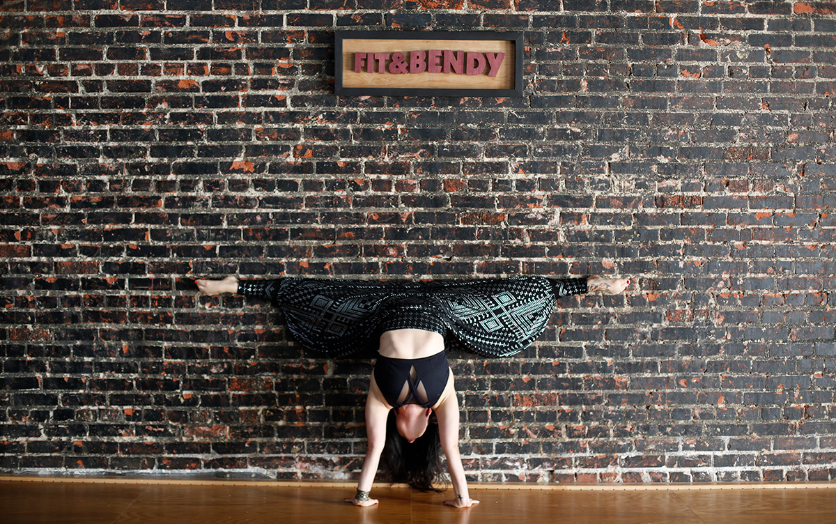 What You Feel When Stretching Kristina Nekyia Fit and Bendy Handstand Stretch