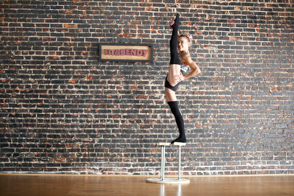 Tight Hip Alternatives to Rolling Your IT Band Iliotibial Tract Woman Stretching Standing on Stool Contortion