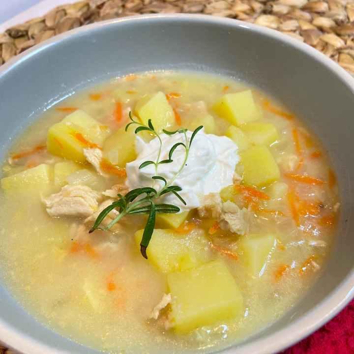 close up of bowl of chicken potato soup