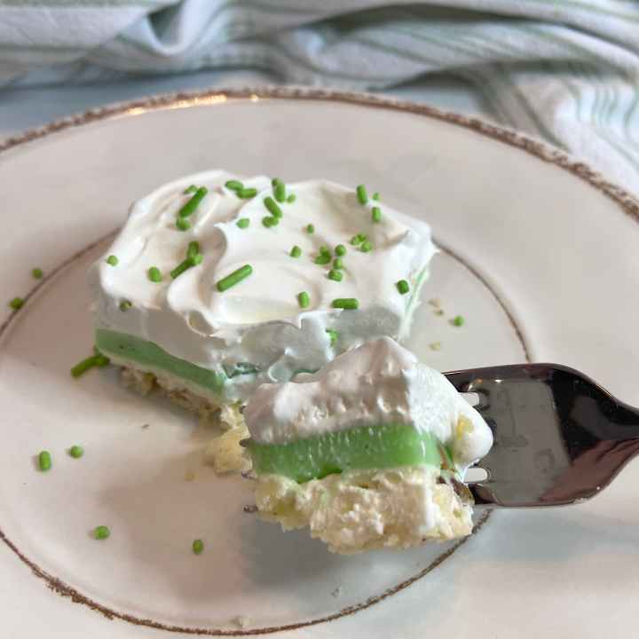 a bit of pistachio pudding dessert