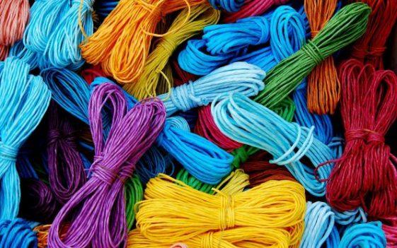 cords-102685_1280