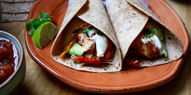 slow-cooker-chicken-fajitas_szdj5m