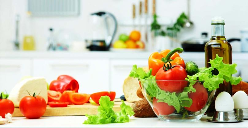 easy-kitchen-tips-to-cook-food-fast-and-yummy