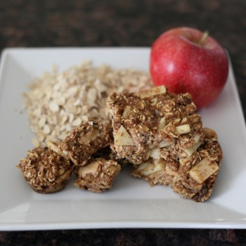 Amazing Peanut Butter Apple Oatmeal Bars (Vegan and All Healthy!)
