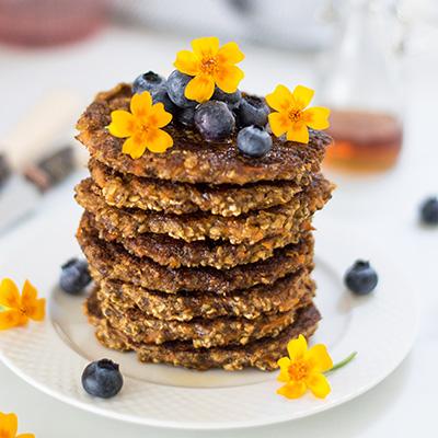 Healthy vegan carrot cake pancakes #glutenfree #pancakes #carrotcakepancakes #vegan