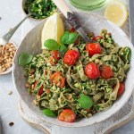 HEALTHY 15 MINUTE PASTA WITH GREEN PESTO (VEGAN, GF)