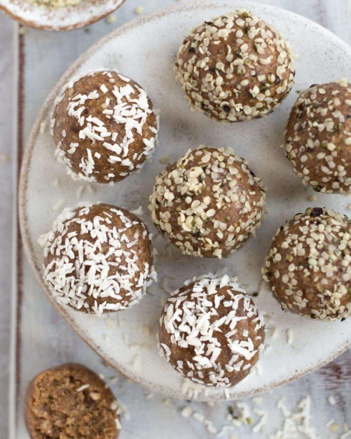 4 ingredient healthy snack balls
