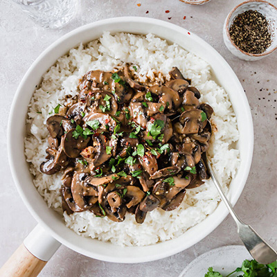 The best creamy vegan mushroom stroganoff – Fit Foodie Nutter