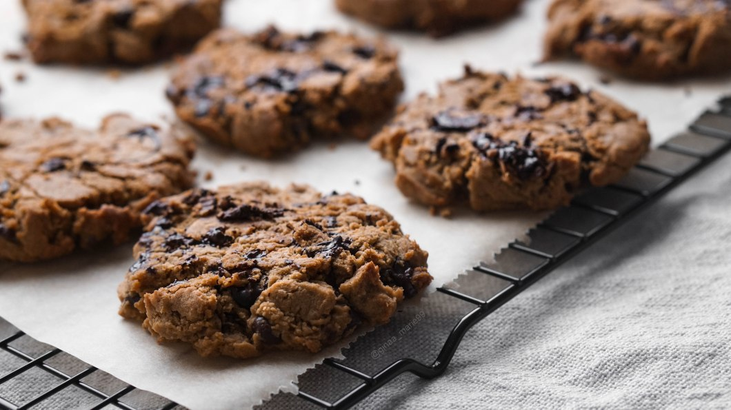 Vegan, glutenfree and healthy chocolate chip cookies
