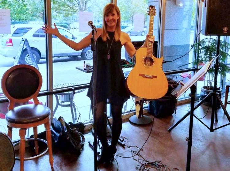 Dawna Stafford Portland Oregon Acoustic Musician