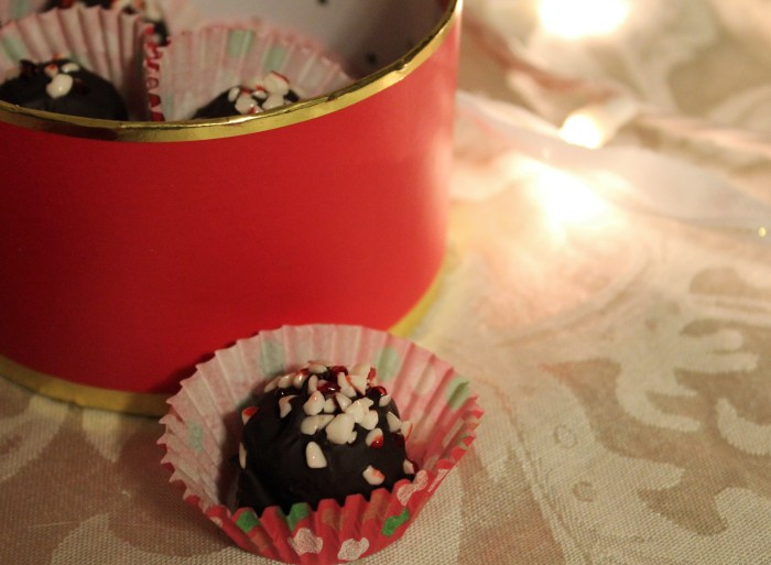 Dark Chocolate Peppermint Truffles - paleo, natural, simple and delicious!