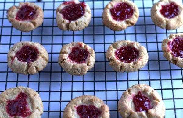Paleo Strawberry Shortbread Cookies