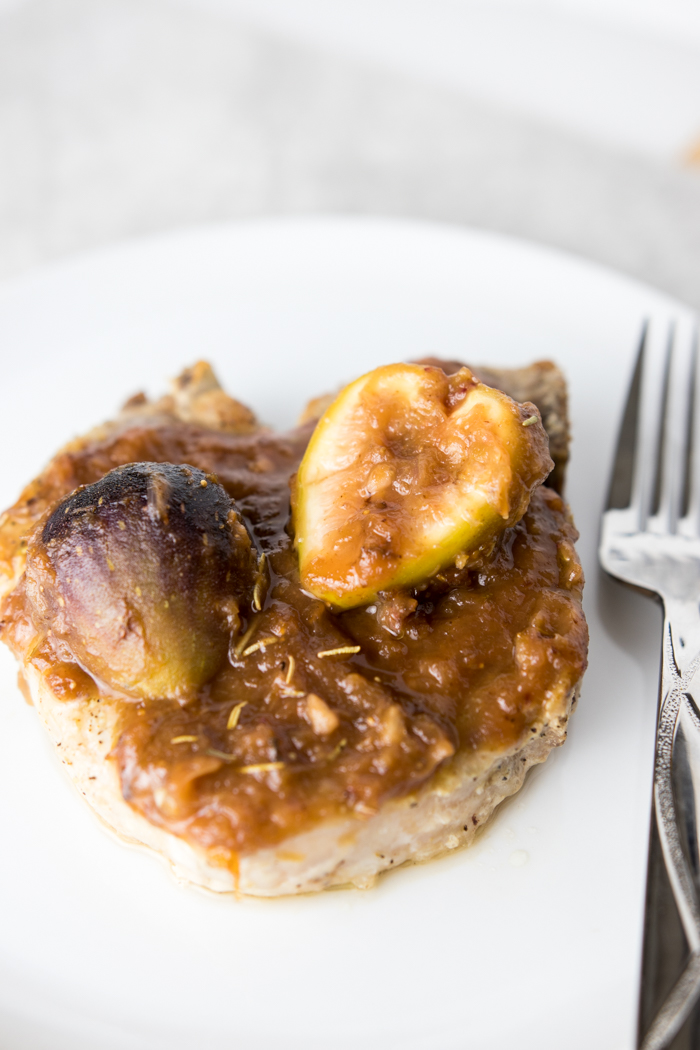 Baked Pork Chops with Fig Sauce