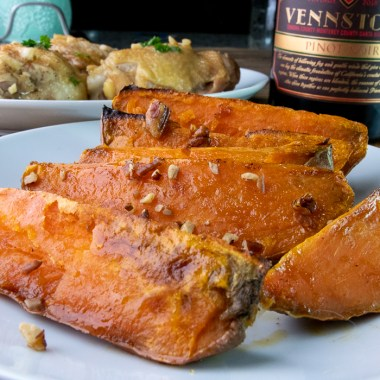 maple pecan roasted sweet potatoes