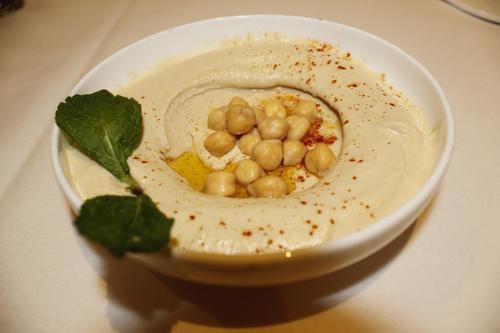 Pima colazione - hummus