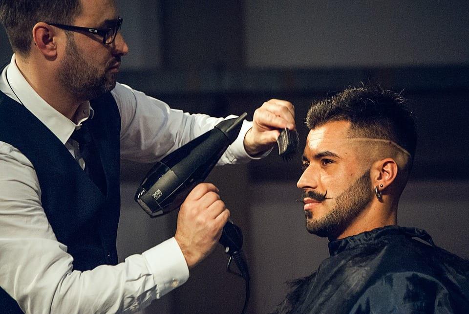Tecniche di taglio dei capelli uomo
