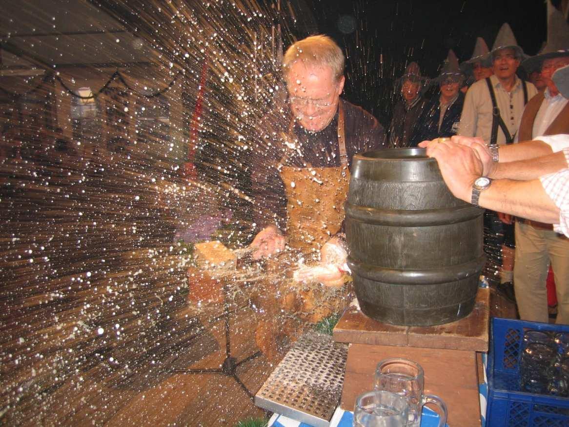 Oktoberfest - Apertura del primo barile