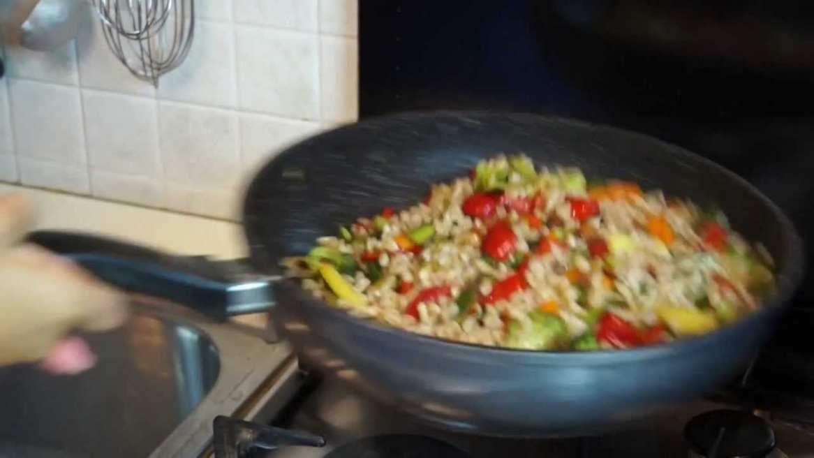 Farro con verdure saltate