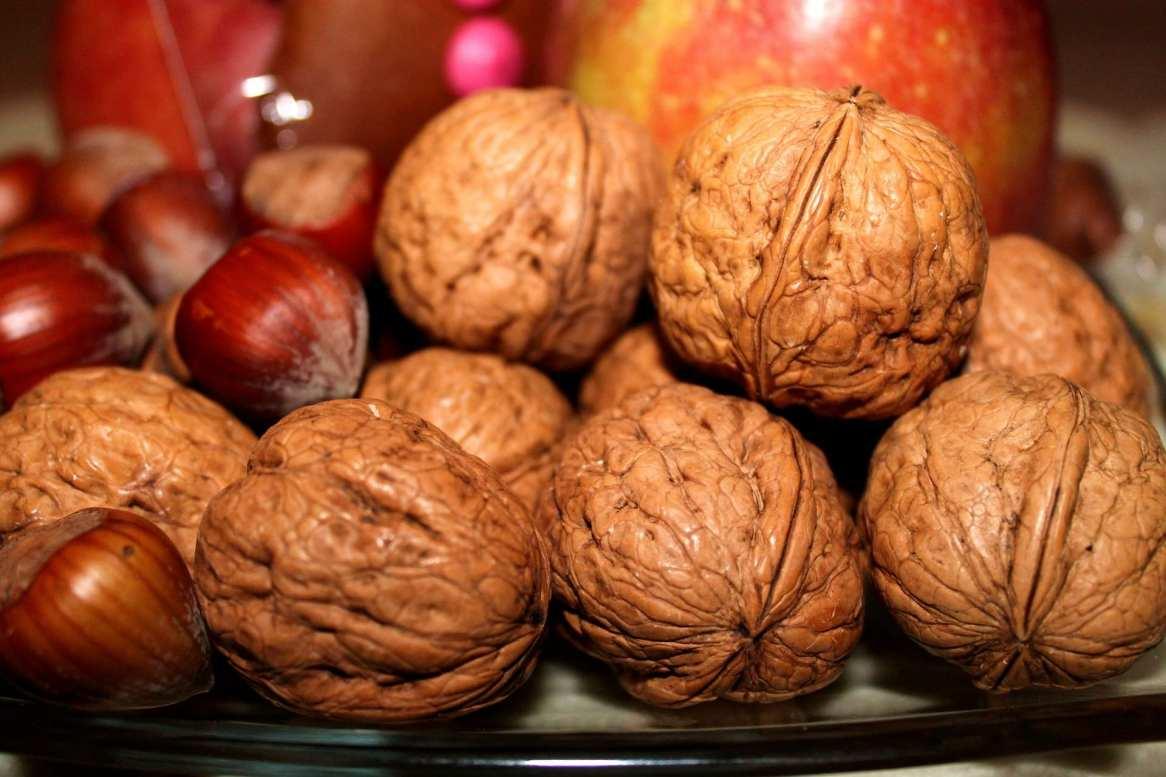 Frutta natalizia secca
