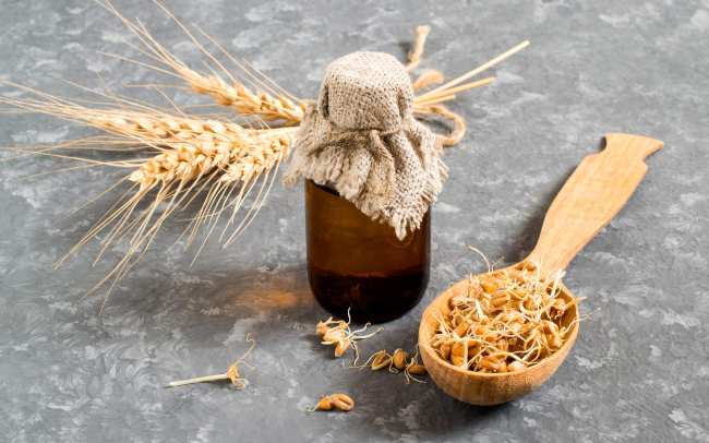 Olio di Germe di grano: proprietà, a cosa serve e rimedi naturali