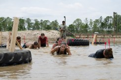 mud-run-crawling-under-barb-wire