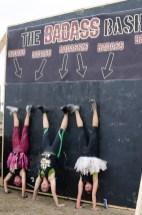 handstand-group-photo-mud-run-race