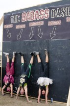 handstand-group-photo-mud-run-race