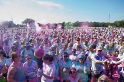 color run crowd photo