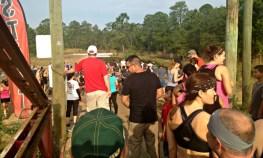 outdoor-spectators-at-mud-run-race