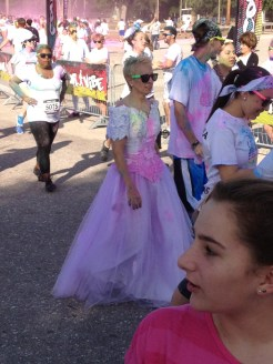 color-vibe-5k-race-wedding-dress