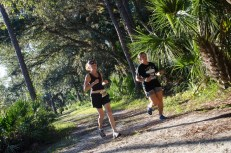 women running on trails
