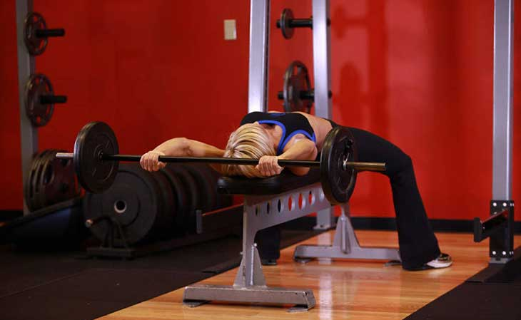 Woman Barbell Pull Over Standing Pulldown Alternative