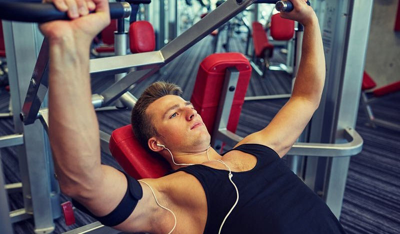 5 Bench Press Machines to Get a Ripped Upper Body