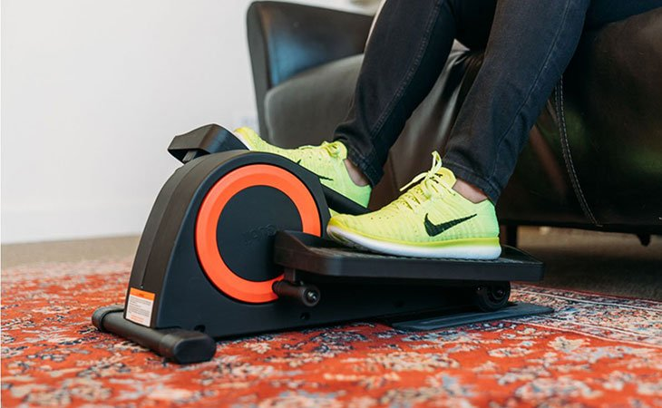 Using An Under Desk Elliptical For Health and Fitness