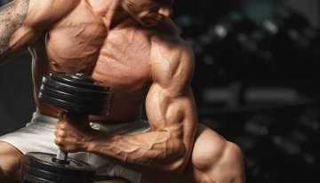 5 Best Bicep Workouts (Science-Backed)