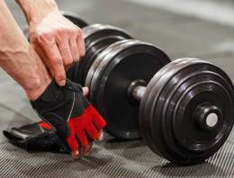 The Top 4 Workout Gloves To Buy In 2019 (Choose Only The Best)