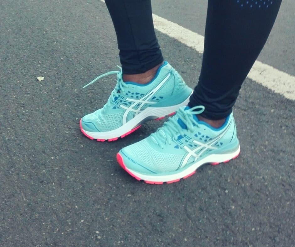 HOW TO BUY RUNNING SHOES – A GUIDE FOR BEGINNERS