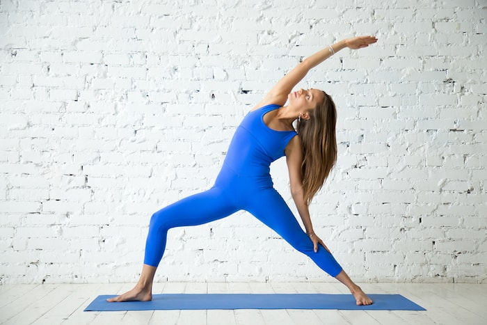 yoga standing pose reverse warrior