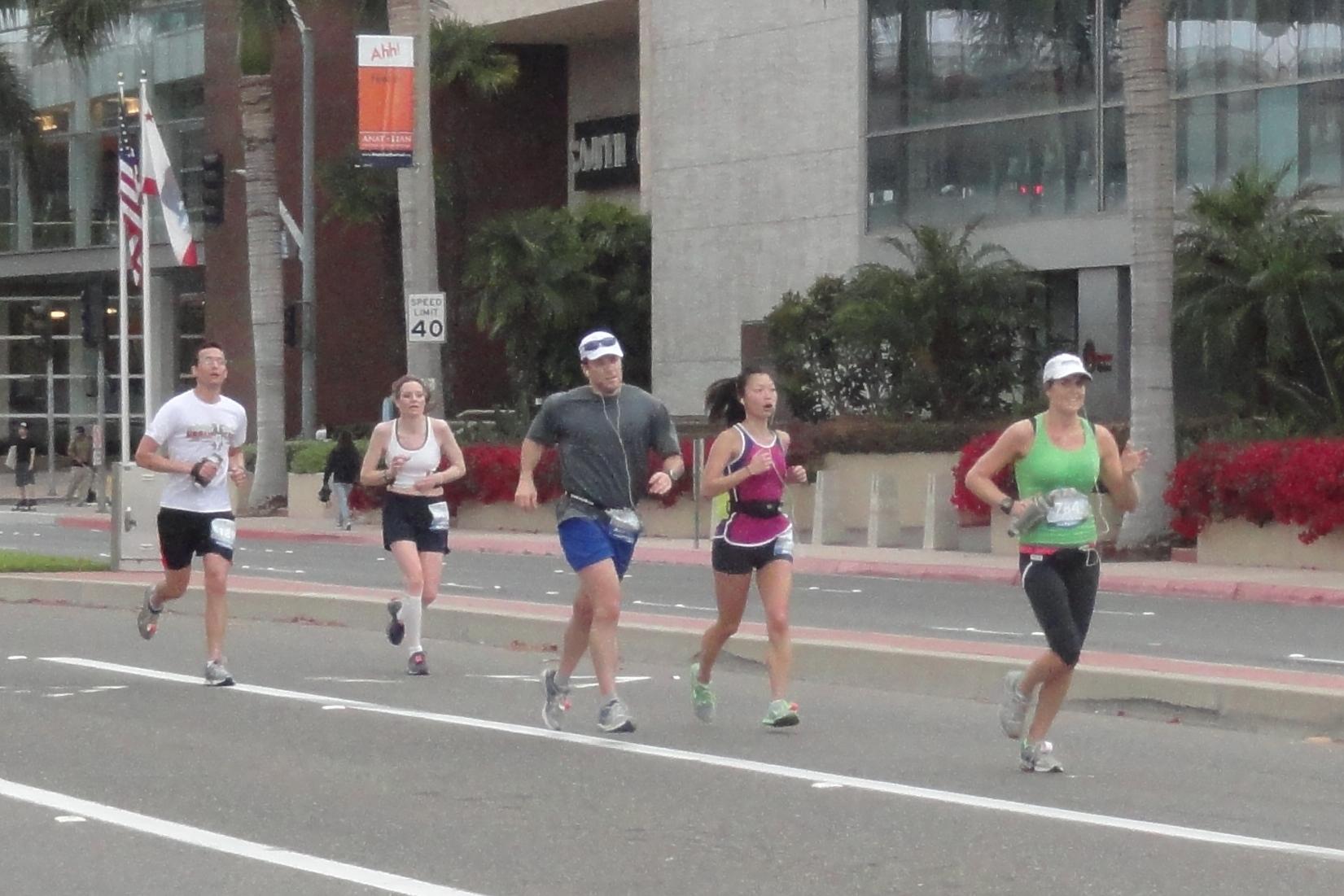 NicoleOCM 2013 05 05 running III oc marathon