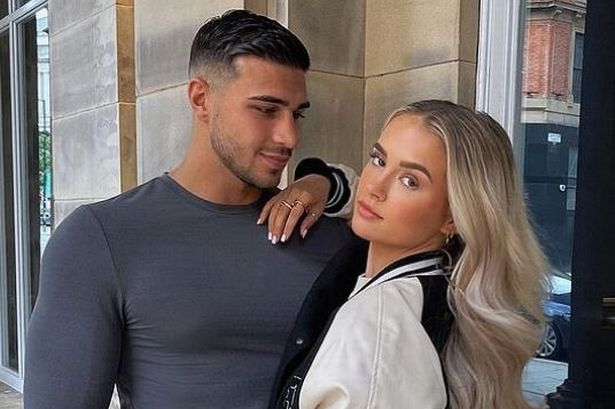 Tommy Fury with his girlfriend Molly Mae Hague