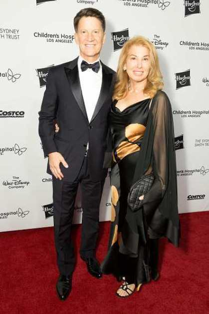 Brian Goldner with his wife Barbara