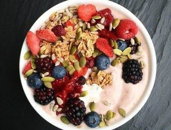 3 Quick Smoothie Bowl Recipes You'll Love to Crave